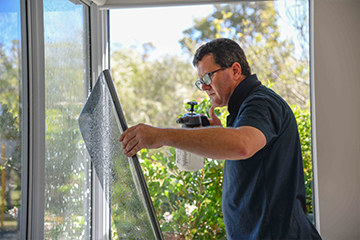 Our work is guaranteed under a lifetime warranty for home and car tinting services.